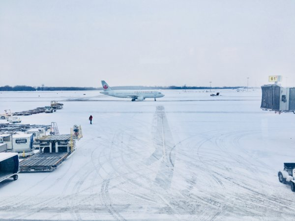airport under snow conditions