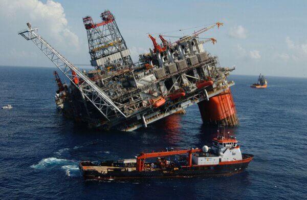 oil rig hurricane Tomorrow.io weather intelligence